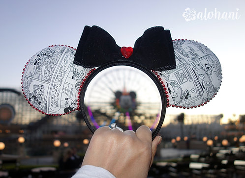 Black and White Mouse Cartoon Ears