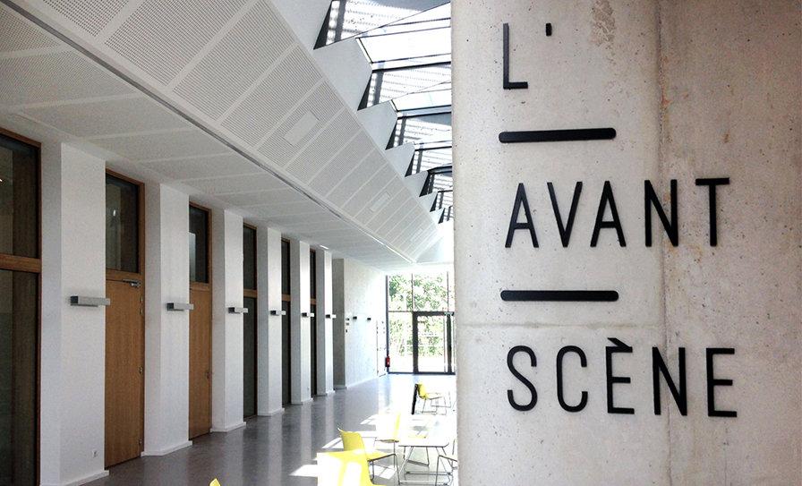 Les Paserelles - Médithèque - Espace culturel - Montrond-les-Bains (Loire) - design d'espace - atelier maud moretton - signalétique - Gautier + Conquet architectesLesPaserelles-11.jpg