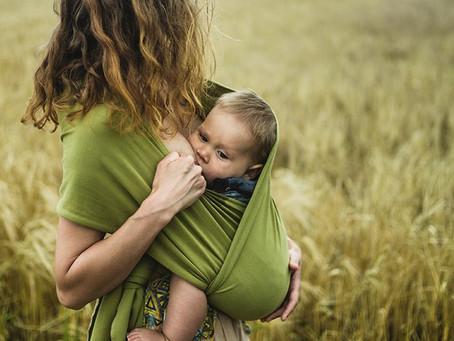 10 Benefits to Babywearing