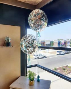 Confetti filled 24inch bubble balloon