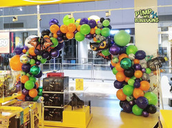 Lego Land Westfield Haloween Balloon Arc