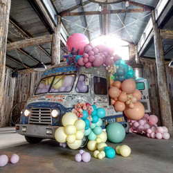 Balloon Garland Retro Ice Cream truck De