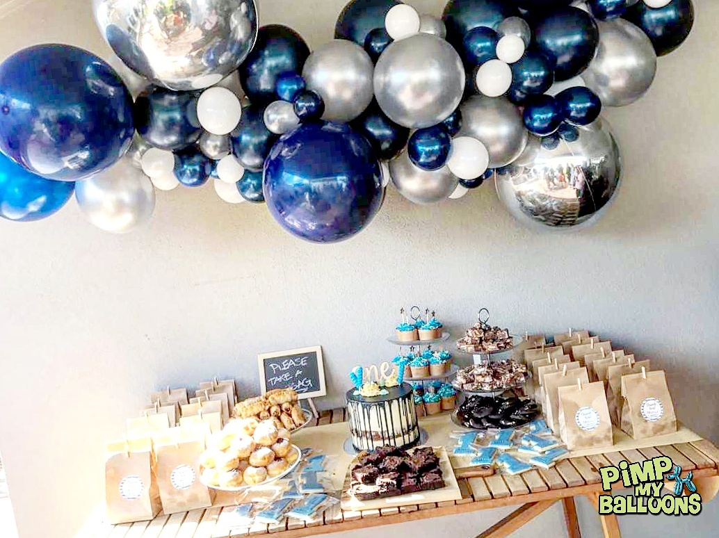 Blue and Silver Organic Balloon Garland - by Pimp My Balloons