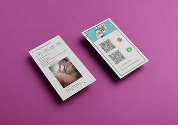 two-vertical-witbusiness-cards-mockup-fl