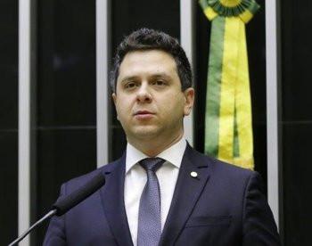 Tiago Dimas abre seleção pública para contemplar projetos com emendas parlamentares