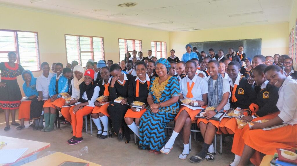 Group Photo of students at Ganako Secondary School