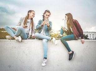 Donne giovani e dispositivi