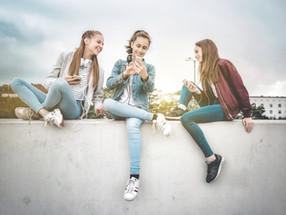 若者の〇〇離れを進化の前兆と捉え業界の未来を先読む