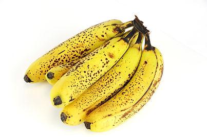 banana bunch on white - AdobeStock_11909