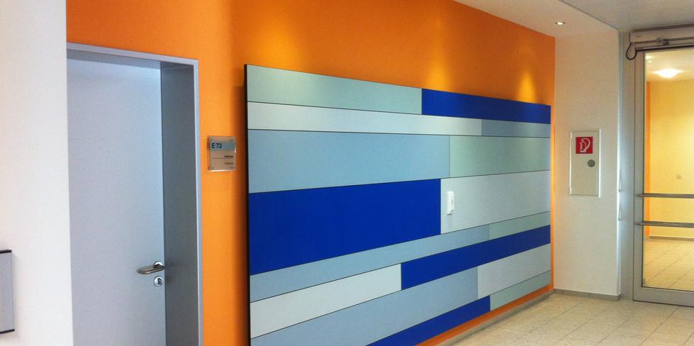 Gr-Umstadt_blaue Wand orange.jpg
