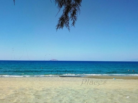 Kalamaki beach, south Heraklion region. The best things in life are for free