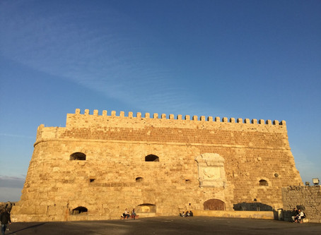 Walks in Heraklion: at the seafront, central part