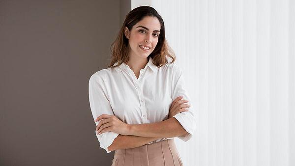 front-view-elegant-businesswoman.jpg