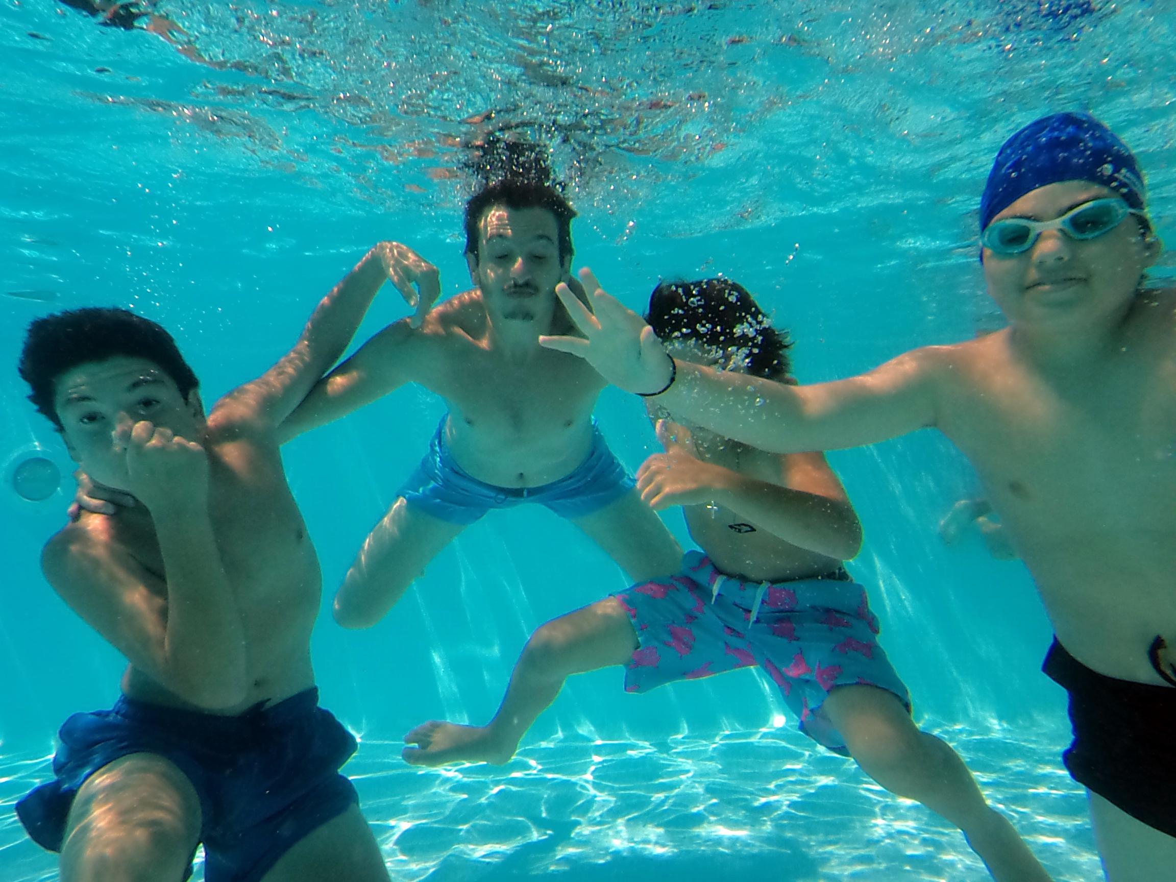 Underwater004