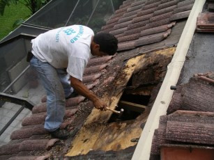 tile-roof-repair.jpg