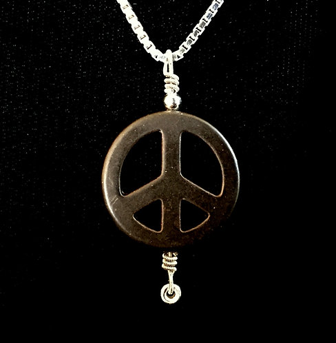 Quinn Sullivan String & PEACE SIGN Necklace
