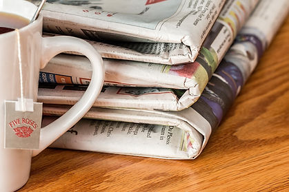 journeaux newspaper-1595773_1920.jpg