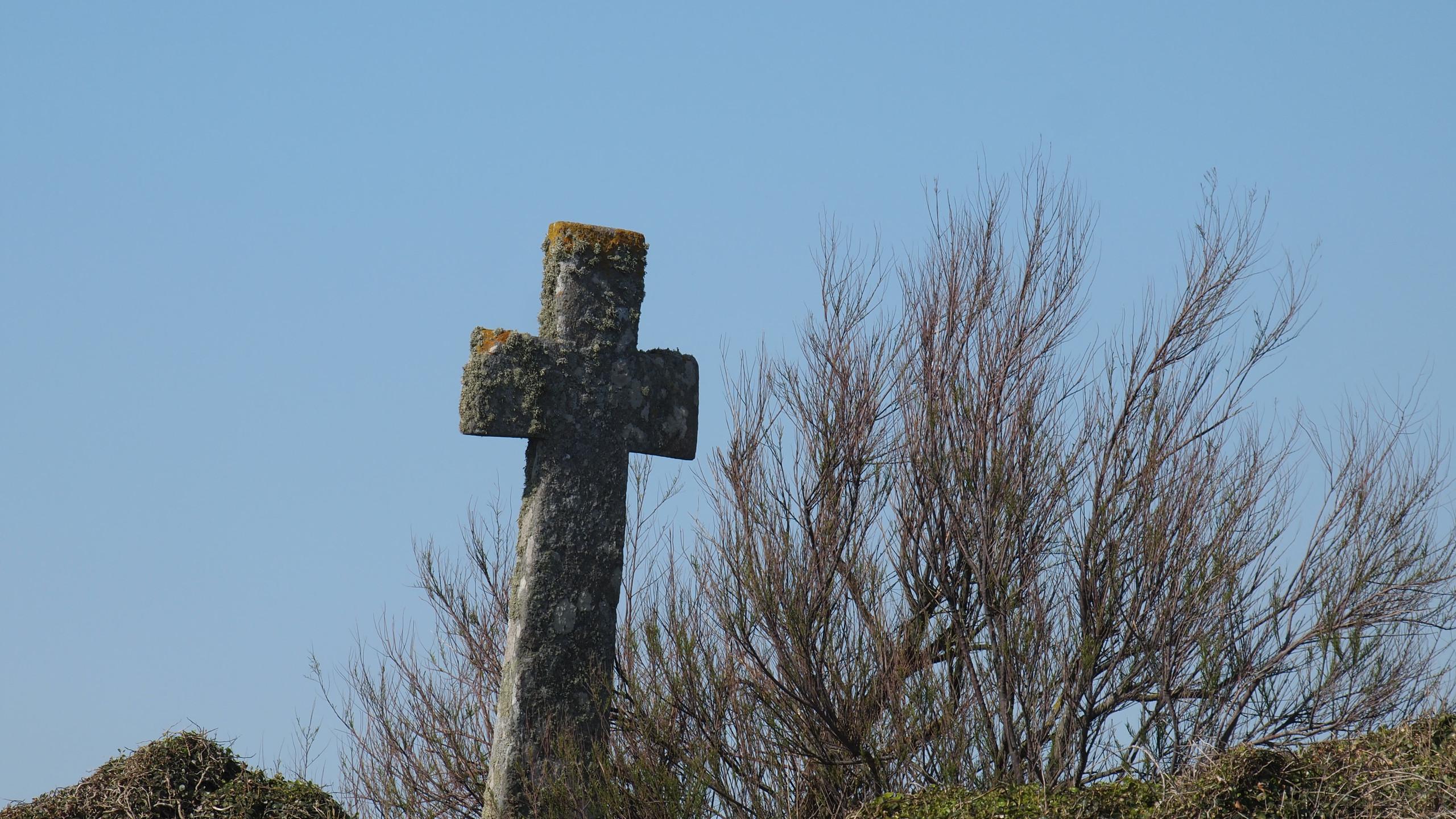 Croix. Pointe Saint Mathieu