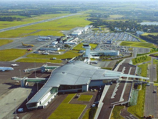 Avec l'aéroport de Brest, La Halte de Coat Carrec, ce n'est pas si loin !
