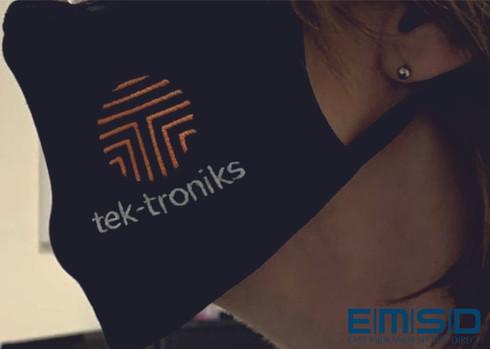 Tektroniks - side view