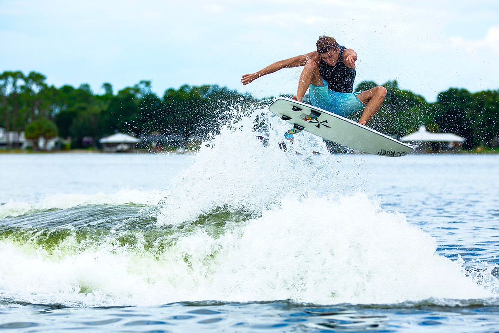 Wakesurf Orlando with Parker Payne enormous Frontside Air on the Phase 5 Phantom