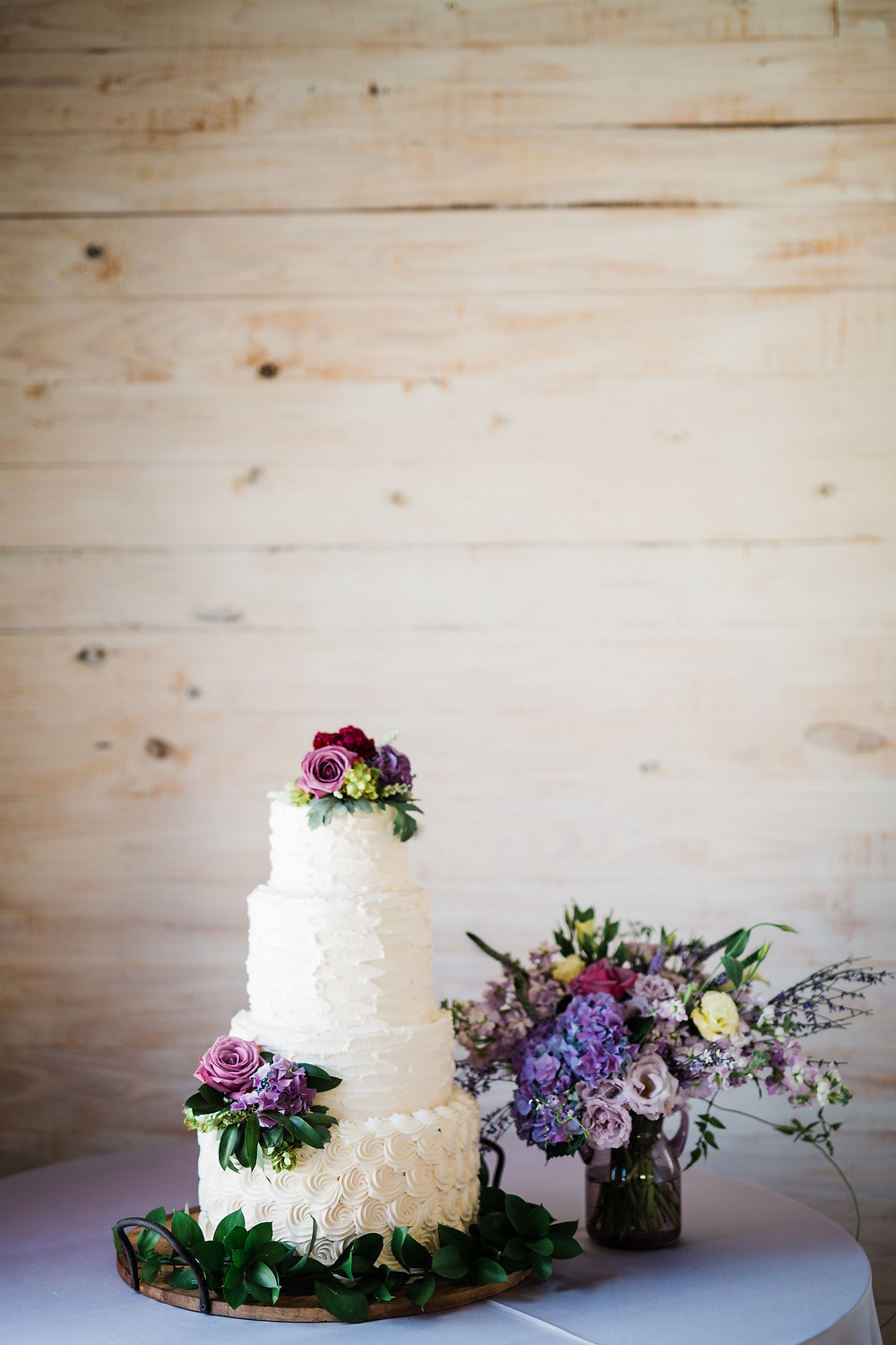 Lauren Crose Photography - Cake by Simply Delicious