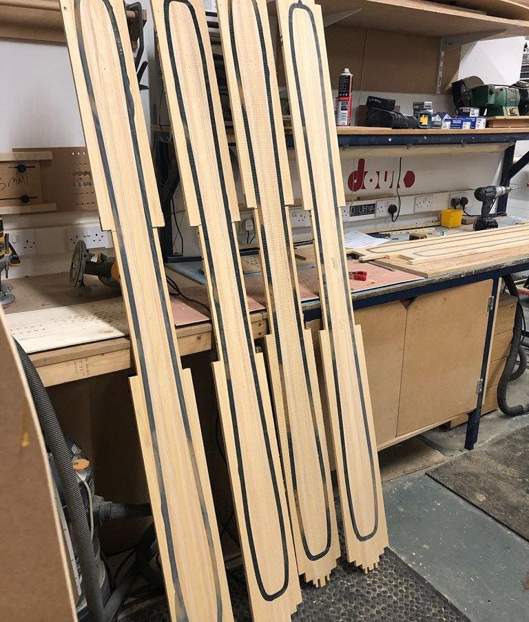 Skis Press