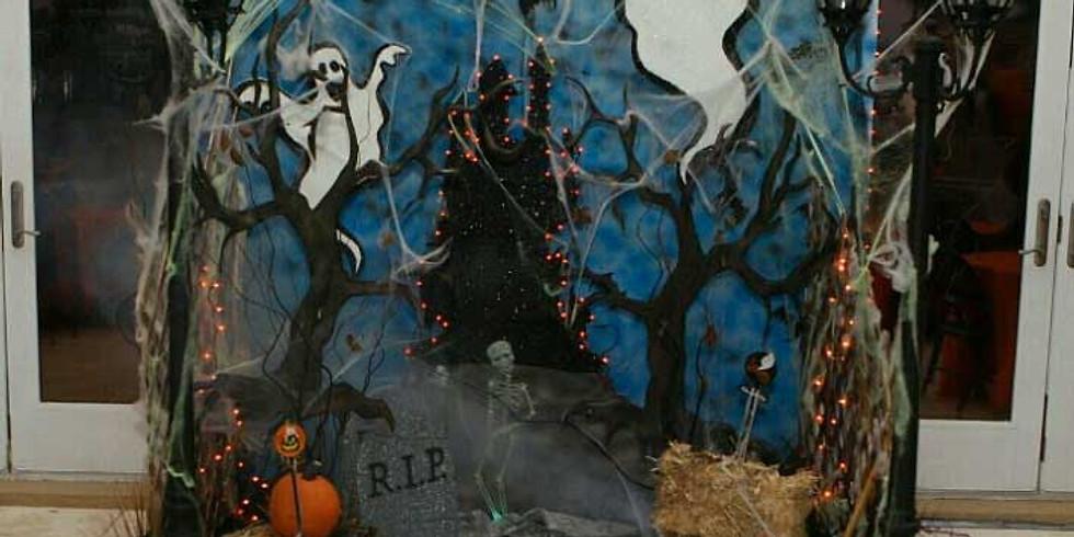 DIY Halloween Photobooth Oct. 26