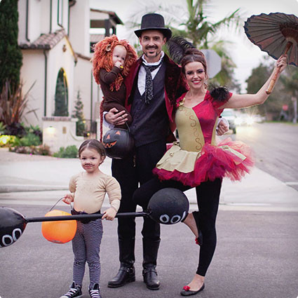 family, circus family, costume ideas for families, family fun, side show family