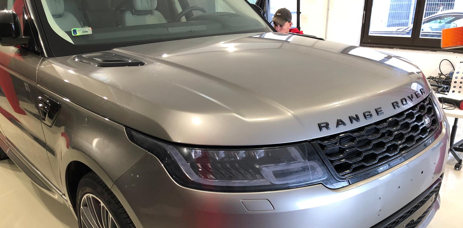 Range Rover Full Front karosszéria védő fóliázás