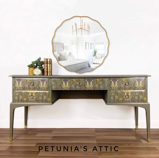 Stag Minstrel Dressing Table / Desk / Console
