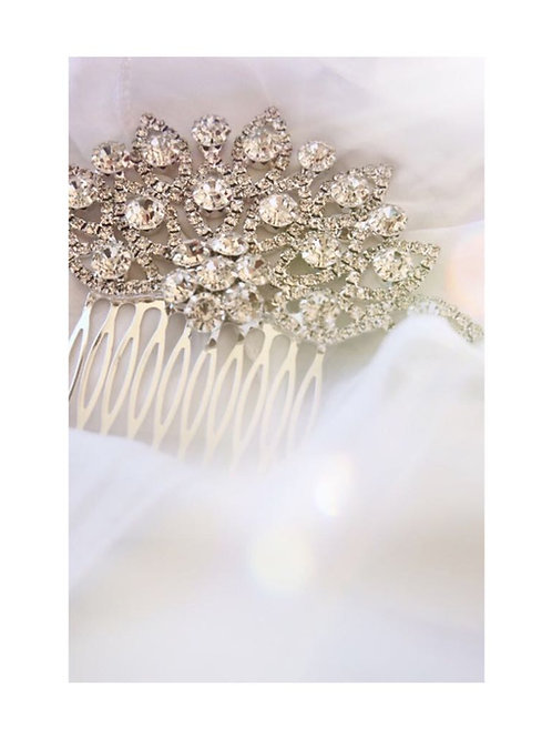 Crystal Haircomb-1
