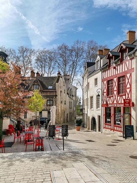 Orléans, Place du Petit Puits