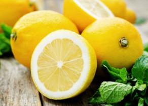 Hausmittel Tipp: Die Zitrone