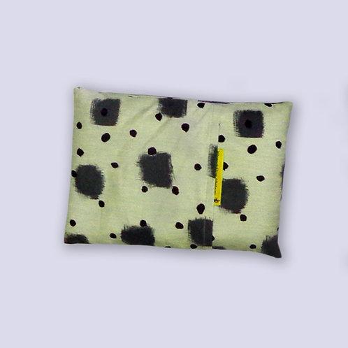Hirsenkissen schwarzweiss Design