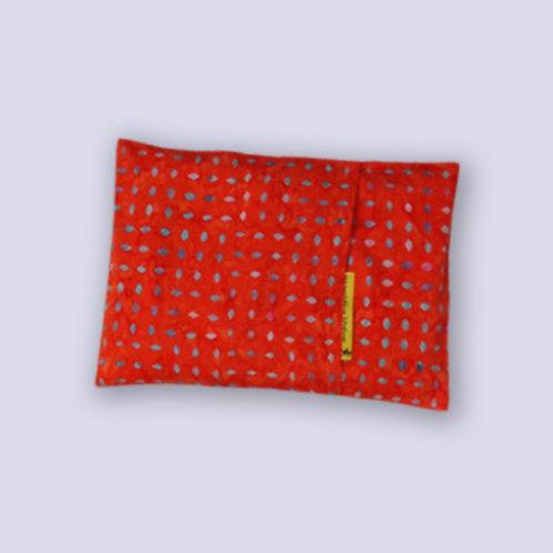 Traubenkernkissen zum Wärmen in der Mikrowelle orange