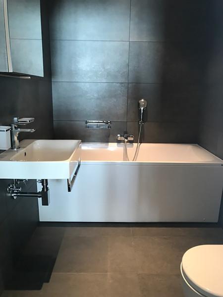 Glacier extra bathroom after