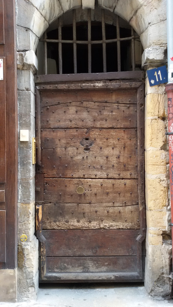 Lyon 2015 - Vieille porte d'immeuble