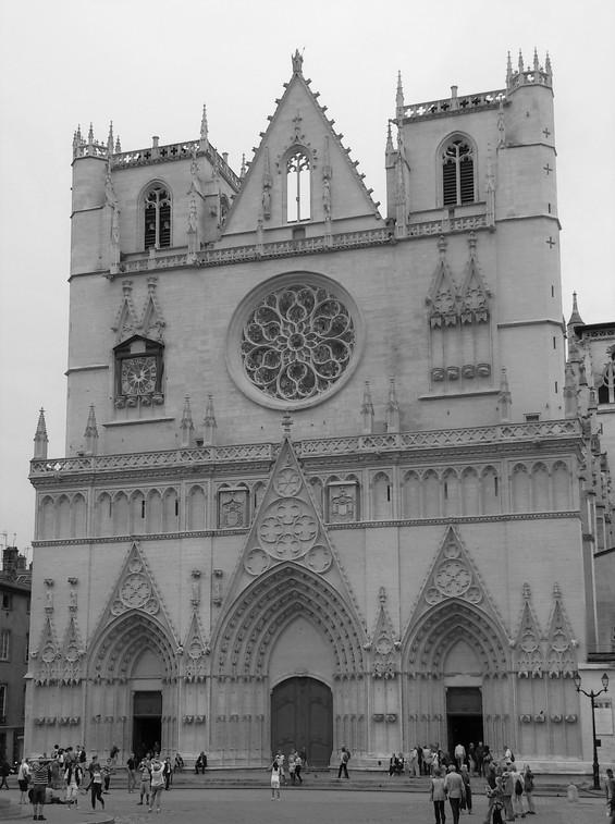 Une église à Lyon 2015