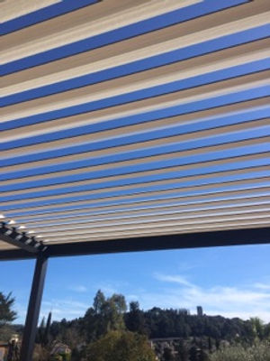 Brise soleil by FEZAI STORES & FERMETURES