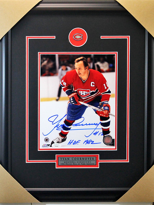Yvan Cournoyer Signed 8x10 Action Frame