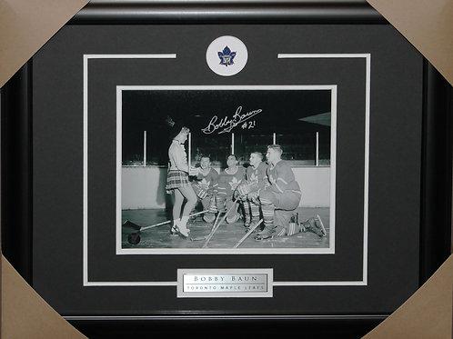 Bobby Baun Signed 8x10 Frame