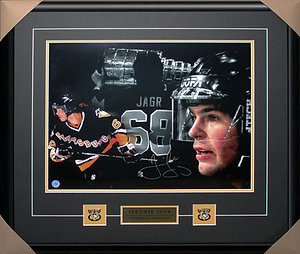 Jaromir Jagr Signed 16x20 Collage Frame