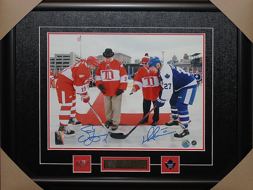 Darryl Sittler/Steve Yzerman Dual Signed 11x14 Frame