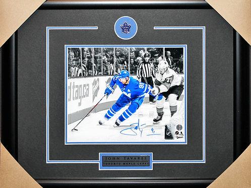 John Tavares Signed 8x10 Spotlight Frame