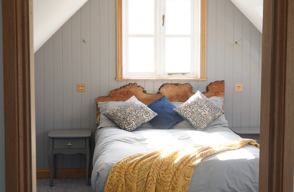 Two bedrooms plus a sofabed sleeps 6 guests in comfort