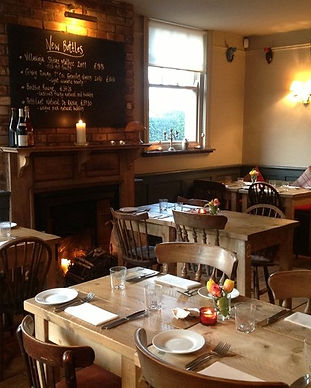 richmond-arms-eat-drink-gastro-pubs-larg