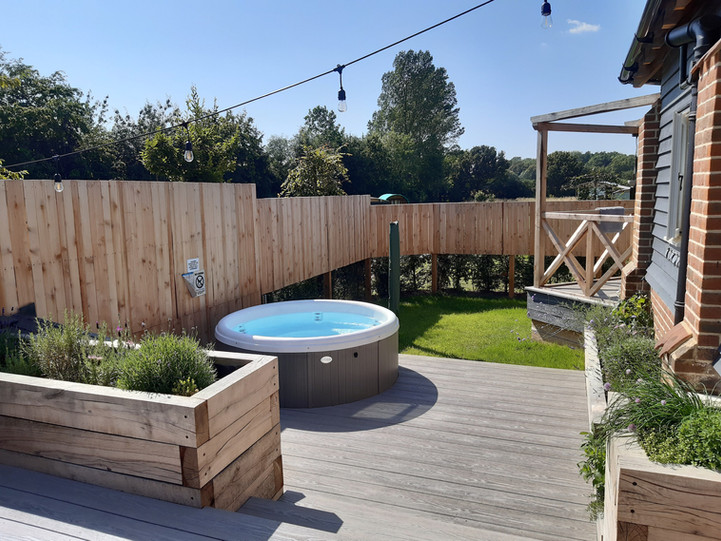 Hot tub in your private garden