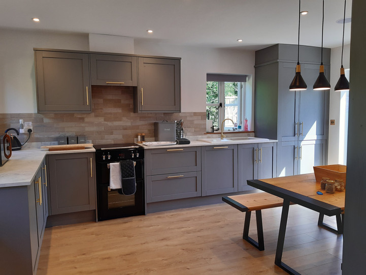 Large and modern fully equipped kitchen