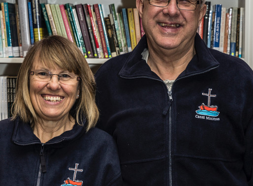 Evangelizing on a narrowboat with Henry & Lynn